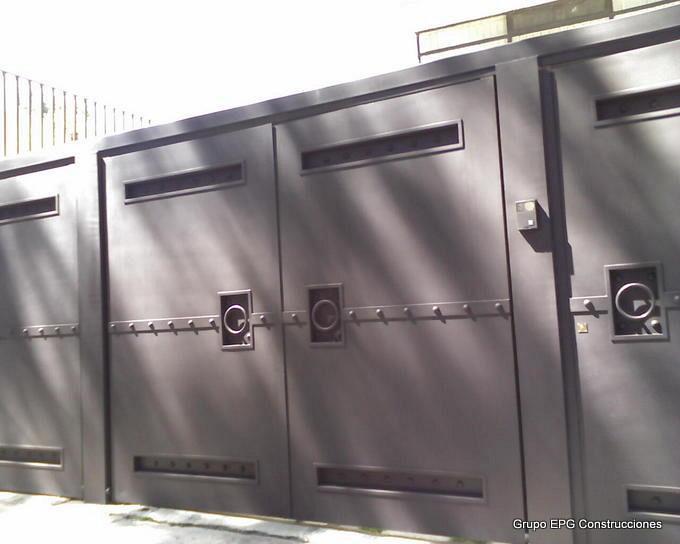 Grupo epg construcciones portones y puertas de herreria for Puertas diferentes